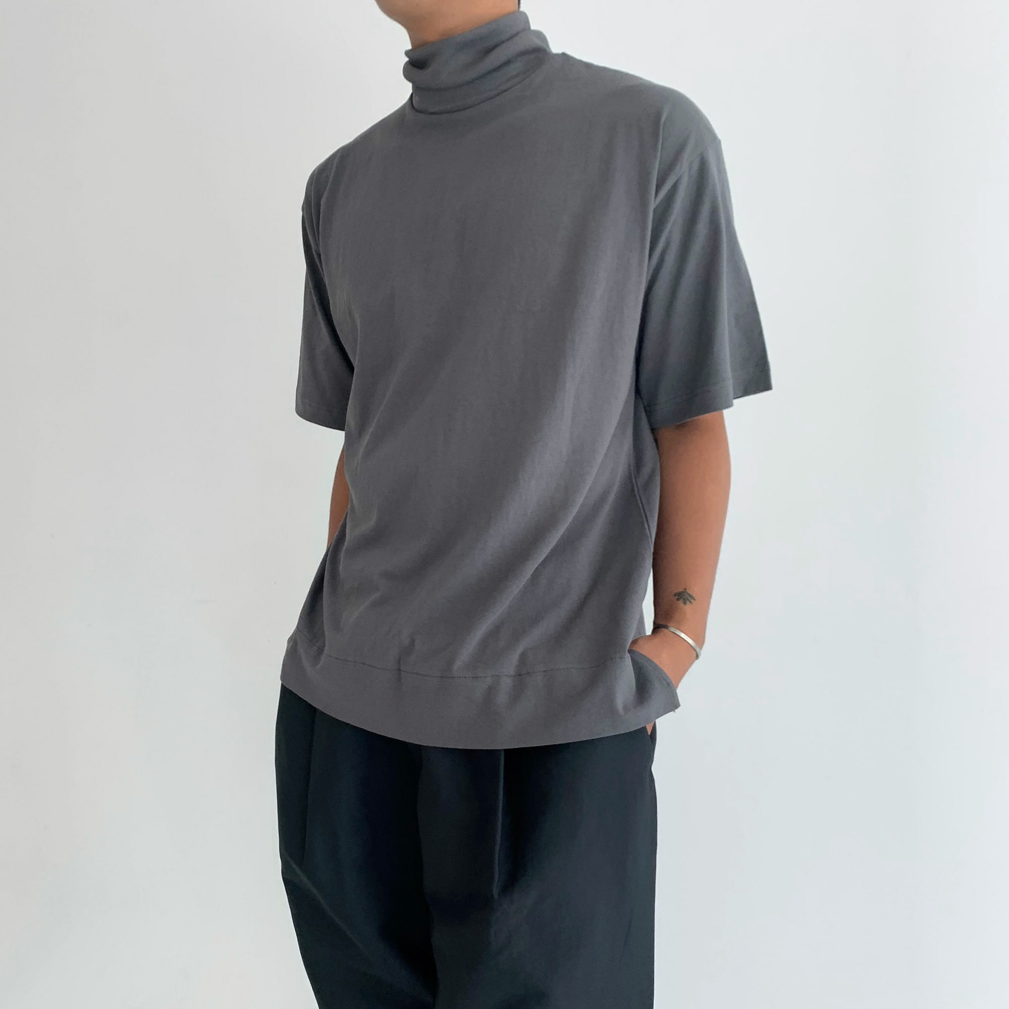 High-neck Half Sleeve Tee (3Color)