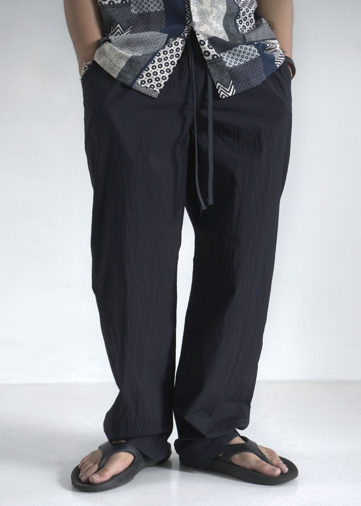 Nylon Snap Incision Banding Pants (3Color) (7월6일 재입고 예정)